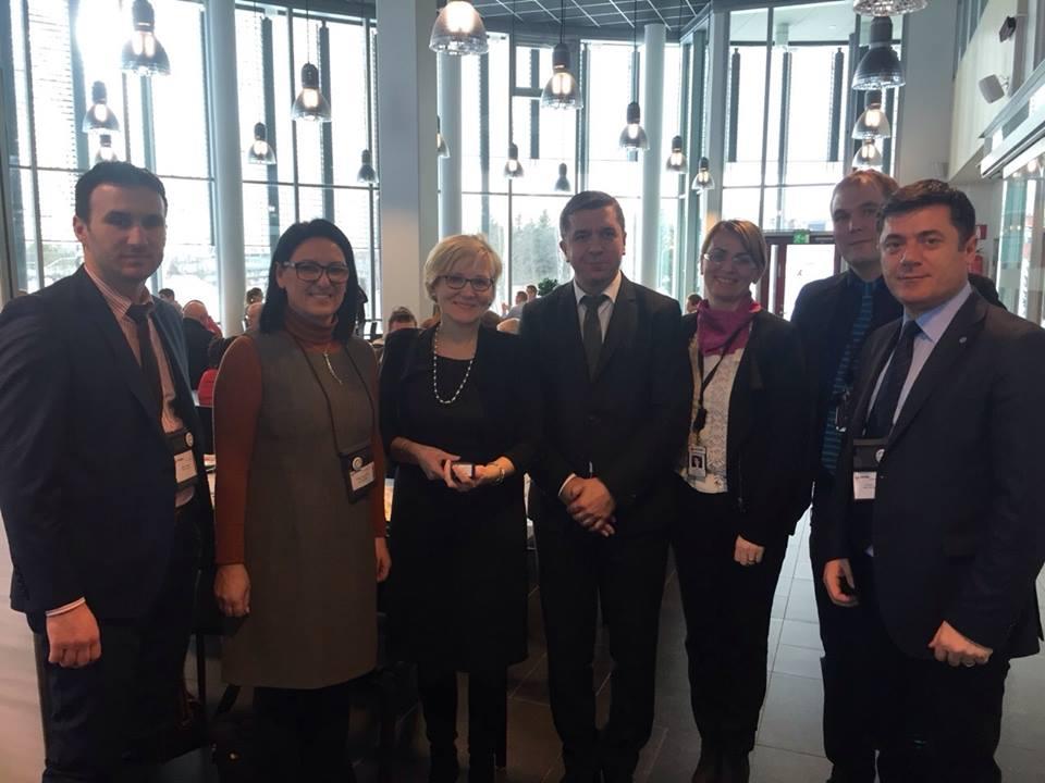 Mësimdhënës nga Finlanda së shpejti do të ligjërojnë në UHZ