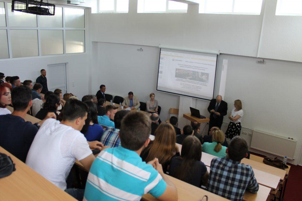 """Profesorë nga Universiteti """"Savonia"""" vizituan Universitetin """"Haxhi Zeka"""" në Pejë"""