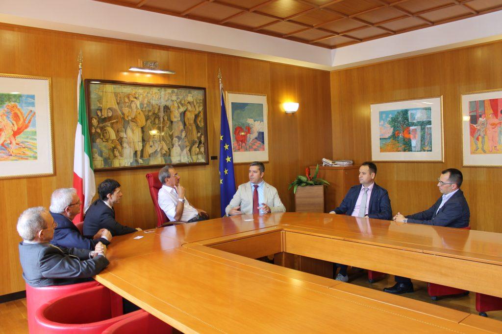 """Universiteti """"Haxhi Zeka"""" zgjeron bashkëpunimin me universitetet italiane"""