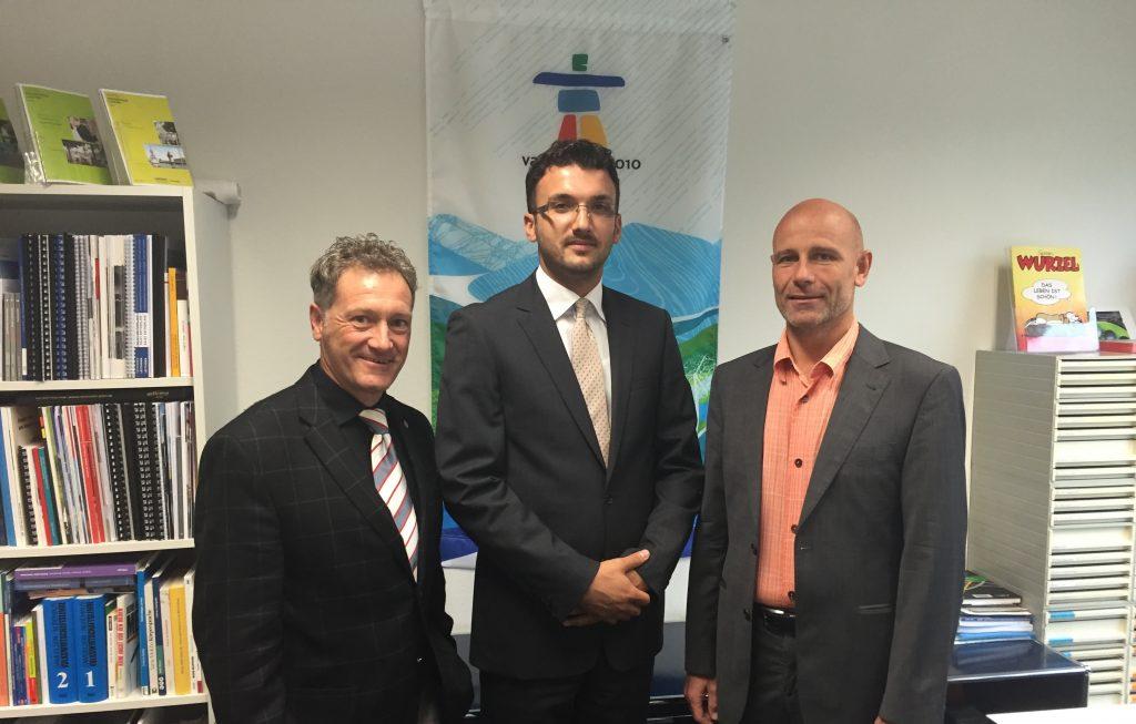 """Universiteti """"Haxhi Zeka""""  dhe Universiteti Lucernit nënshkruan  marrëveshje bashkëpunimi"""