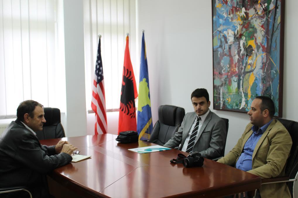 """Menaxhmenti i Universitetit """"Haxhi Zeka"""" priti sot përfaqësues të shoqatës kulturore Yunus Emre në Pejë"""