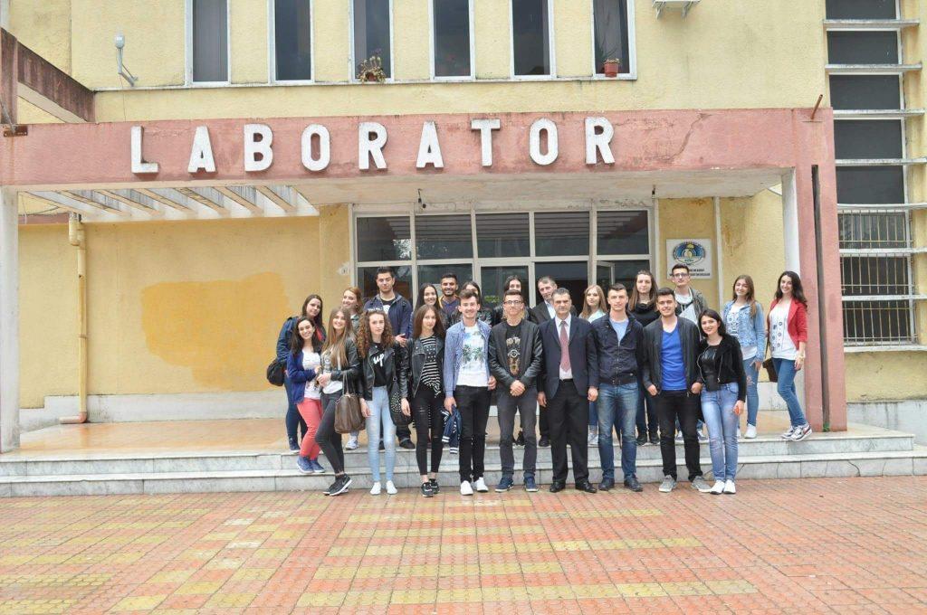 Vizitë studimore e studentëve të Fakultetit të Agrobiznesit në Universitetin Bujqësorë të Tiranës, Entin Shtetëror të farërave dhe fidanëve dhe në Venari.