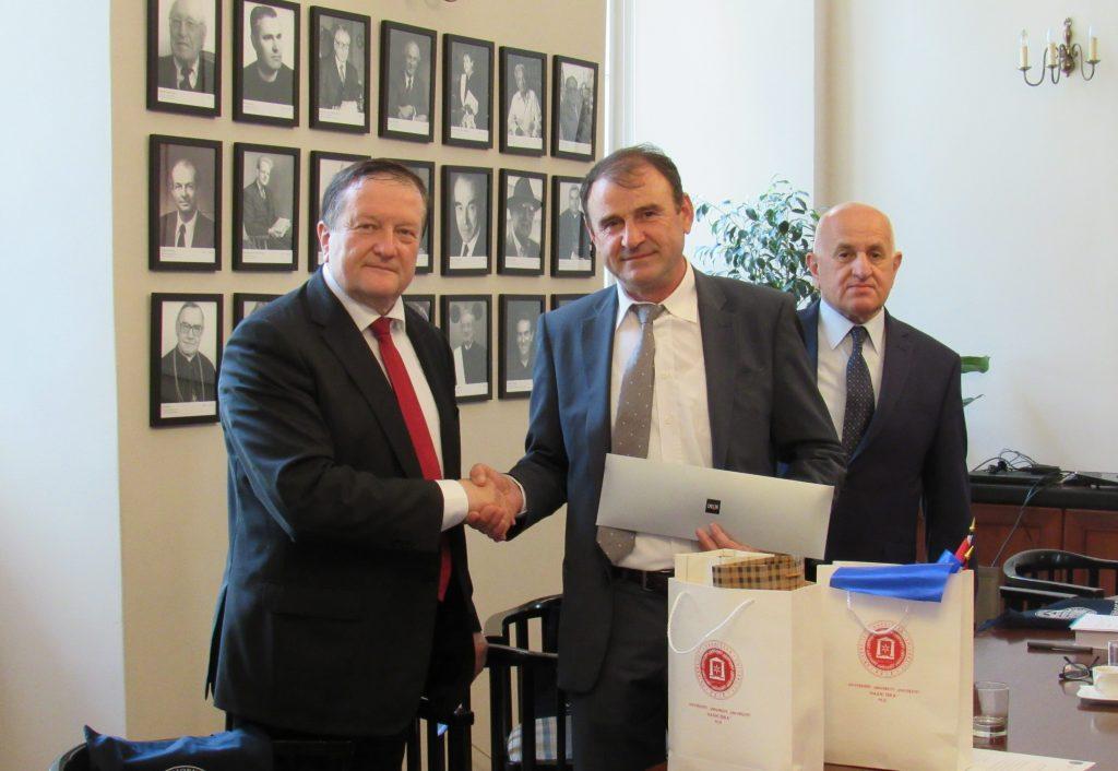 Menaxhmenti i UHZ-së vizitojë Unviersitetin e Zagrebit