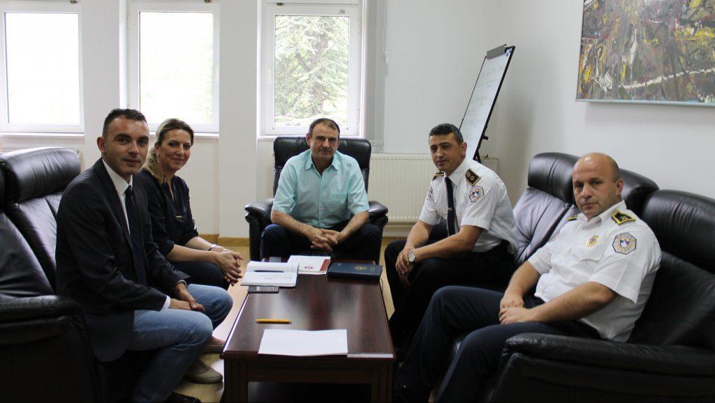 Rektori priti sot përfaqësues të Policisë së Kosovës