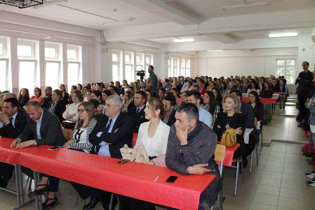 """Thirrje për punime – Konferenca Shkencore Ndërkombëtare """"Politikat qeveritare dhe zhvillimi ekonomik – rajoni i Europes Juglindore"""""""