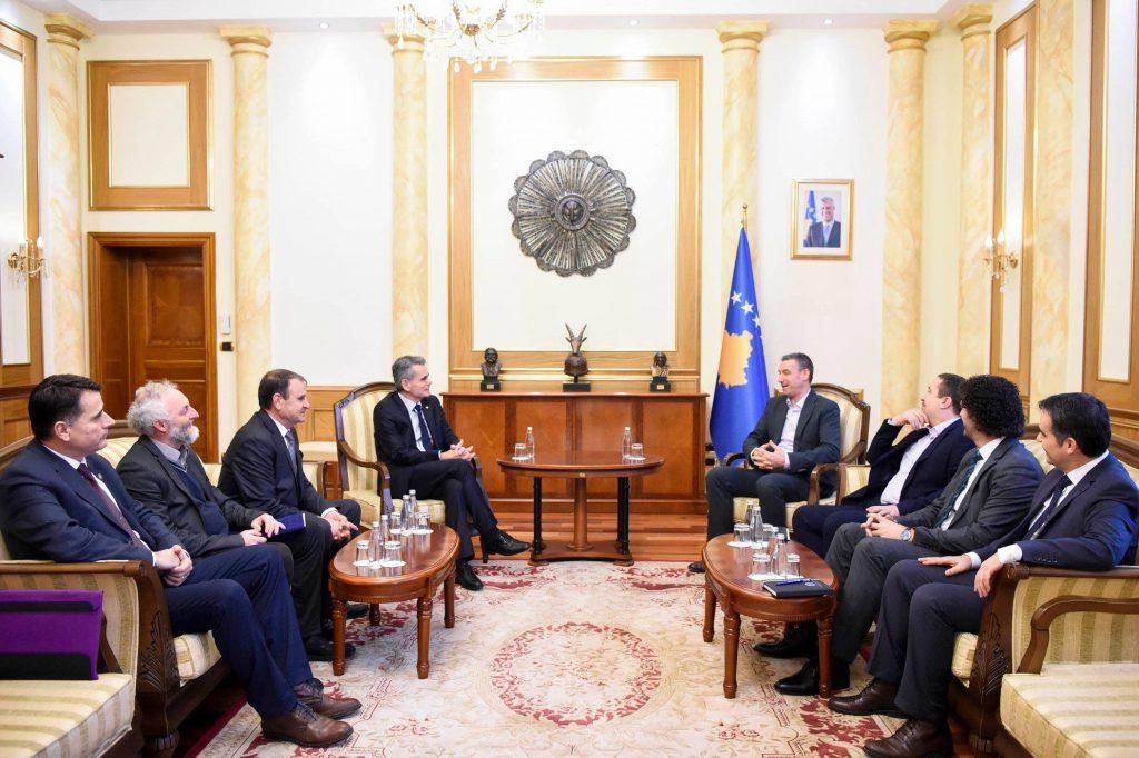 Rektorët e Universiteteve Publike takuan Kryetarin e Kuvendit Kadri Veseli