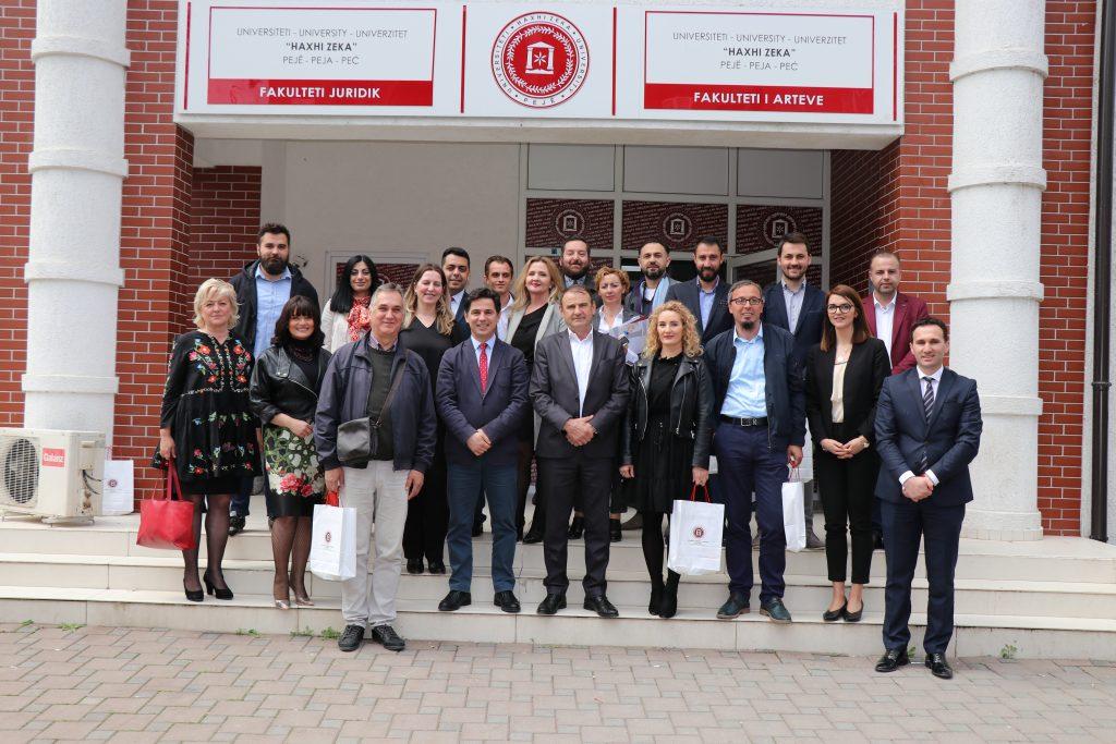 Fakultetit i Arteve mbajti takimin e Trupës Këshillëdhënëse