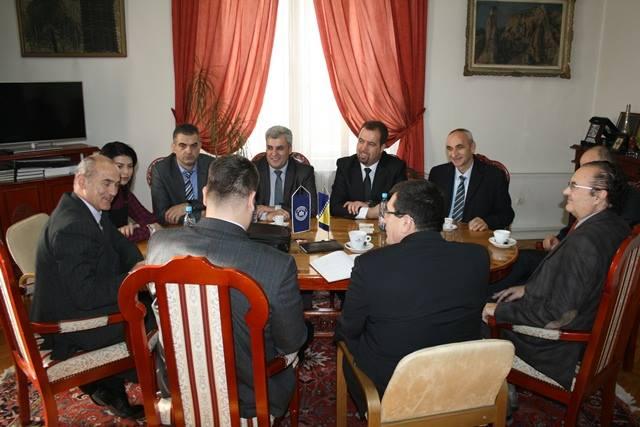 """Bashkëpunimi i Universitetit """"Haxhi Zeka"""" dhe Universitetit """"Hasan Prishtina"""" me Universitetin e Sarajevës"""