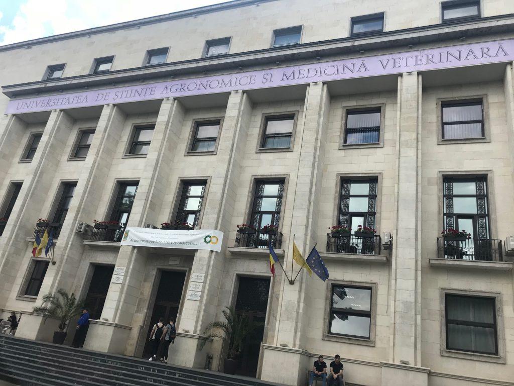 """Marrëveshje bashkëpunimi me Universitetin """"Dzemal Bijedic"""" në Mostar"""