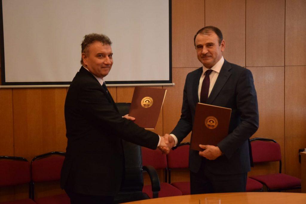 Memorandum bashkëpunimi me Universitetin e Ekonomisë Kombëtare dhe Botërore