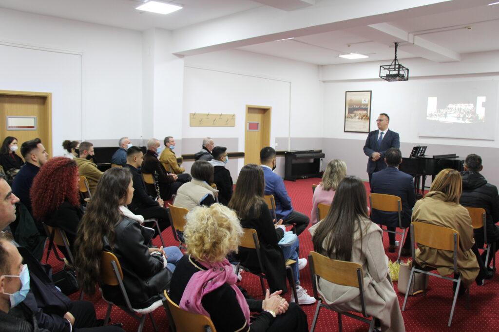 """Mirëseardhje solemne për studentët e rinj në Fakultetin e Arteve – Universiteti """"Haxhi Zeka"""""""